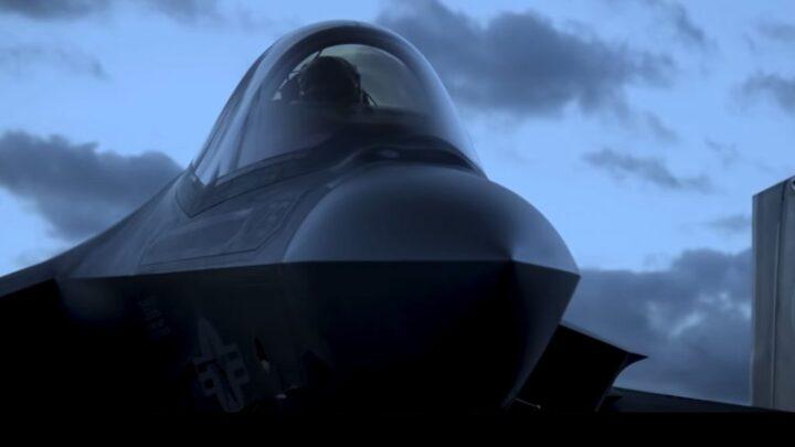 Pentagon, F-35'lerde seri üretime başlanması planını süresiz askıya aldı.